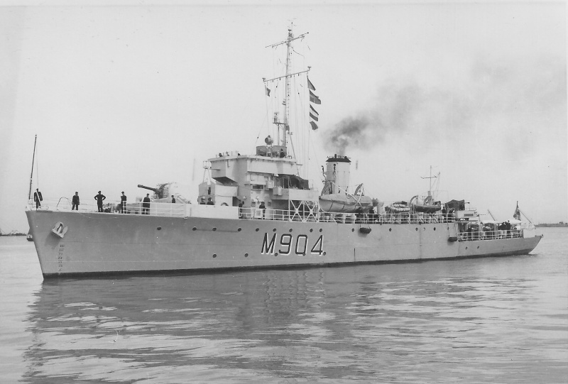 M/F 904 Debrouwer (ex HMS Spanker) - Page 2 De_bro14