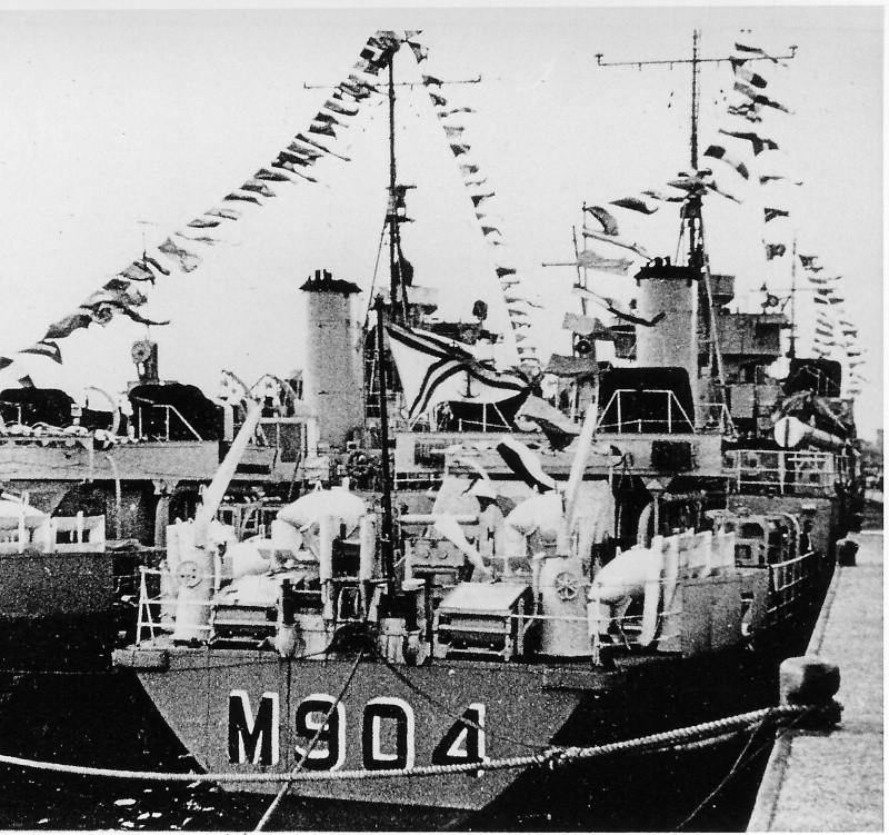 M/F 904 Debrouwer (ex HMS Spanker) - Page 2 De_bro15