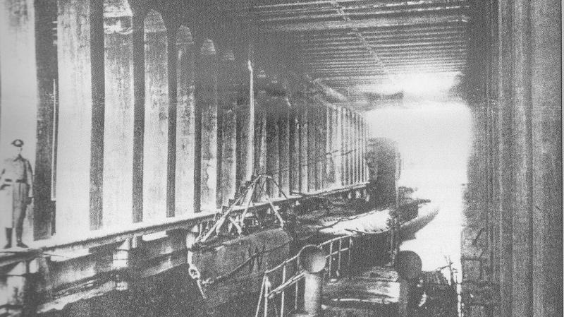 Zeebrugge : Base de sous-marins - Page 2 Zbg110