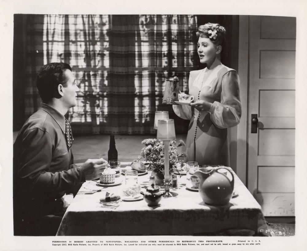 La Fille et son Cowboy - A Lady Takes A Chance - 1943 A_duk109