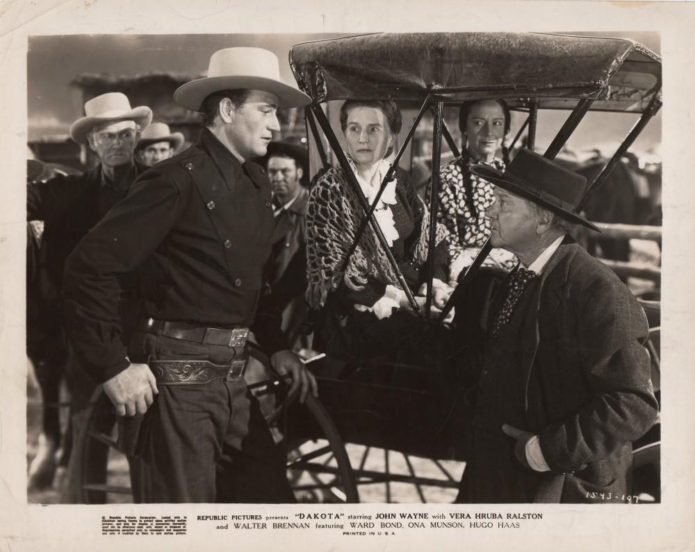La Femme du Pionnier - Dakota - 1945 A_duk636