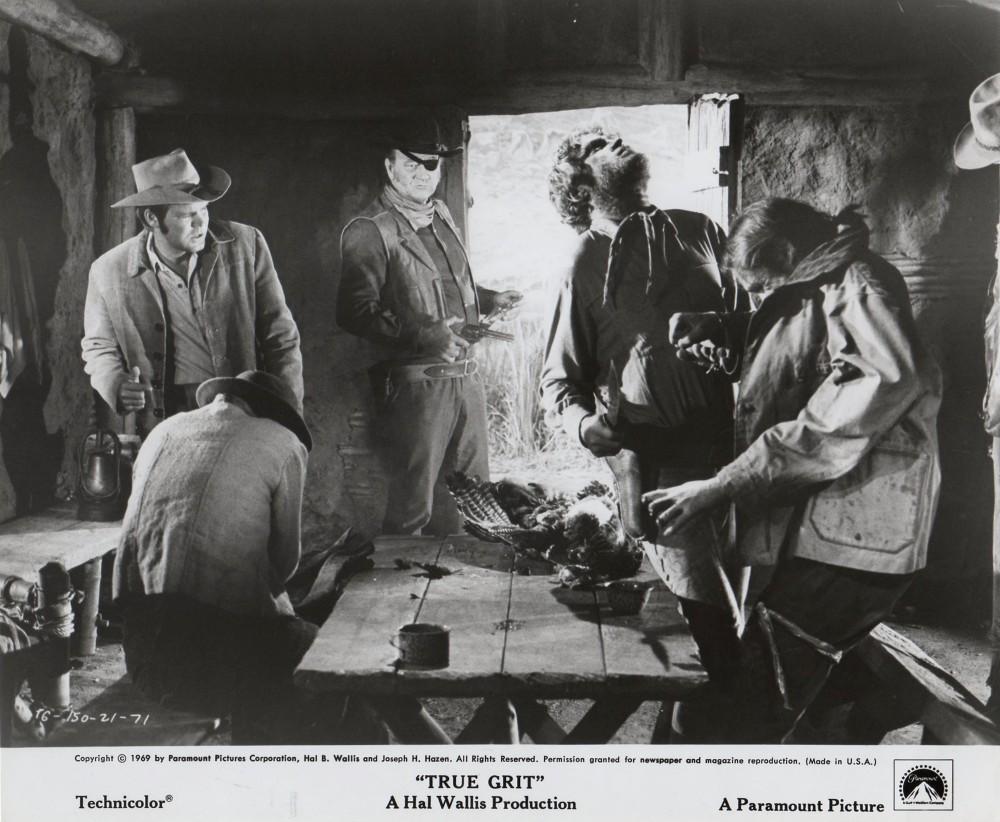 100 $ pour un shériff - True Grit-1969 - Page 2 A_duk965