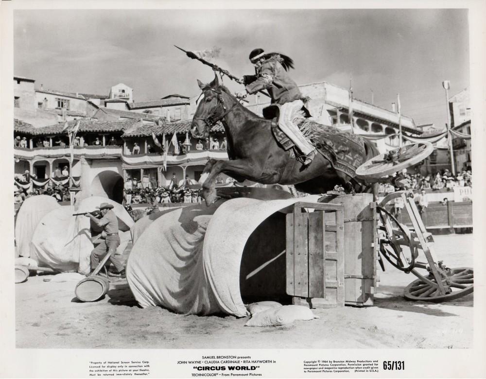 Le Plus Grand Cirque du Monde - Circus World - 1964  - Page 2 Wayne_61