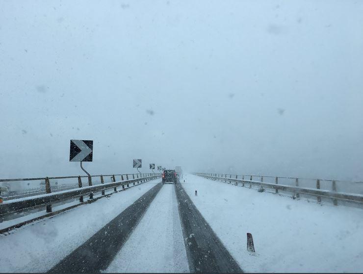 Neve e ghiaccio in Sicilia, strade in tilt e molti incidenti B10