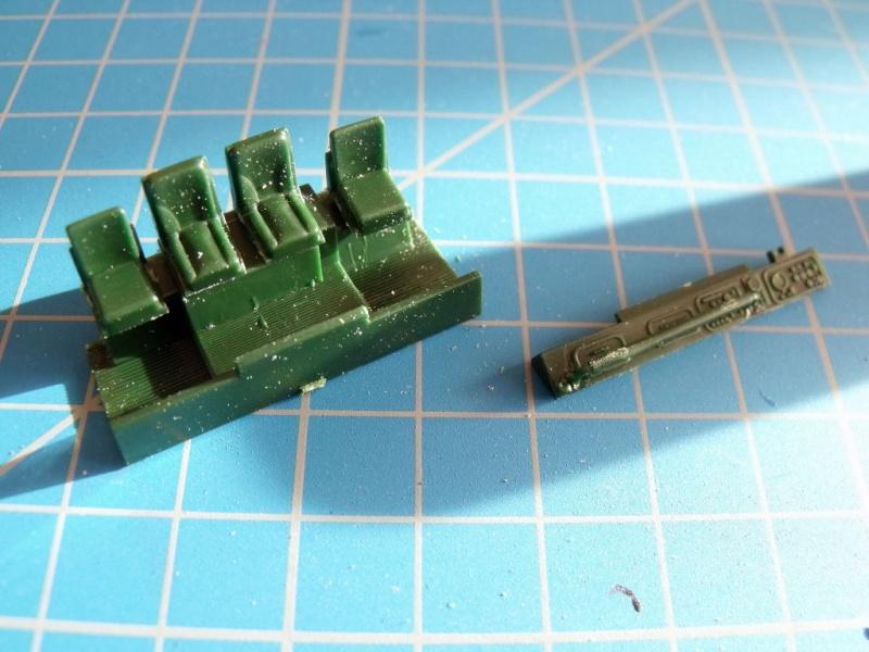 """REVELL 1/72 SLT50-3 """" ELEFANT """" ET Sa aNH.52 T , avec le Panzerhaubitze 2000 et le Fennek dans la même boite 001dsc14"""