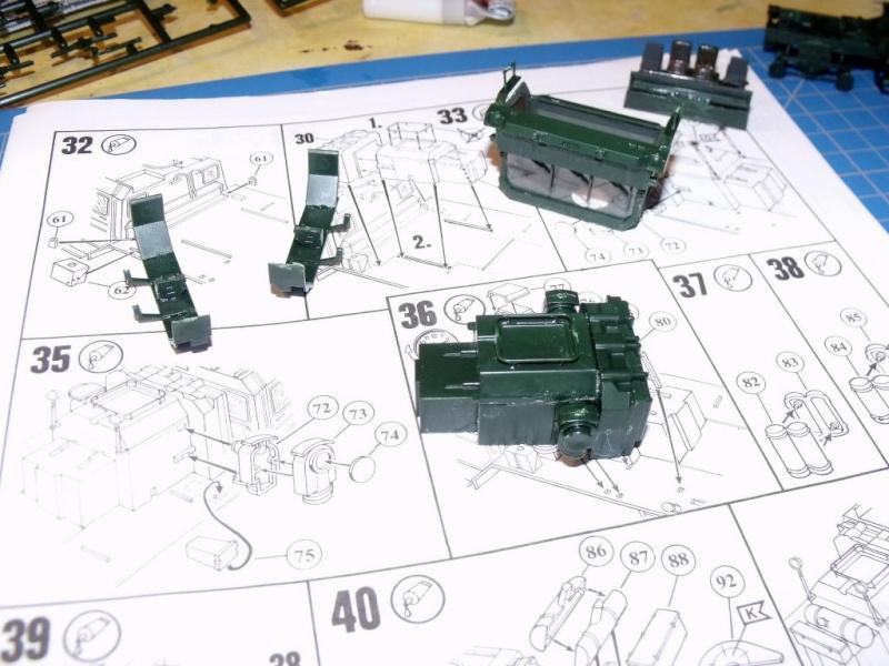 """REVELL 1/72 SLT50-3 """" ELEFANT """" ET Sa aNH.52 T , avec le Panzerhaubitze 2000 et le Fennek dans la même boite Dscf1311"""