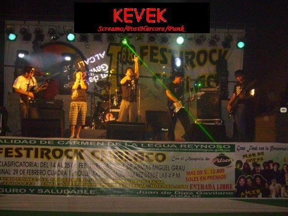 Kevek en el Festirock Chalaco! Kevek11