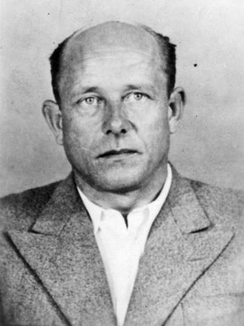 "Hermann Höfle – ""Nettoyeur de Ghettos"" 32147410"