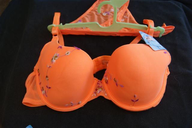 Vente de lingerie  Dsc03656