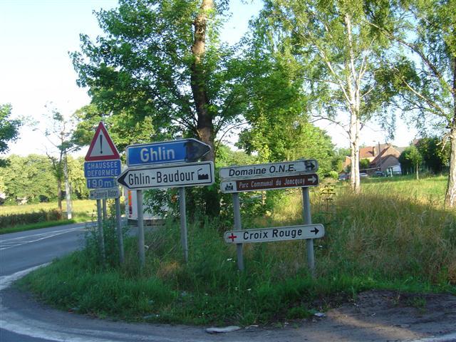 la commune où j'habite: GHLIN - Page 3 11ghli10