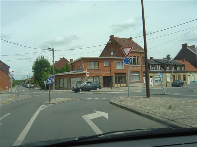 la commune où j'habite: GHLIN 20080543