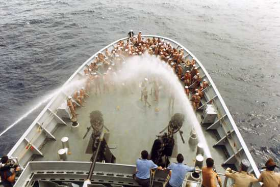 Les traditions dans la Marine Ligne_13