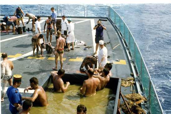 Les traditions dans la Marine Ligne_40