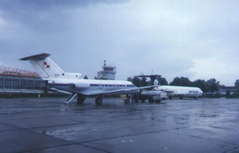 Aeroportul Suceava (Stefan Cel Mare) - 1994 - 2007 18_09_11