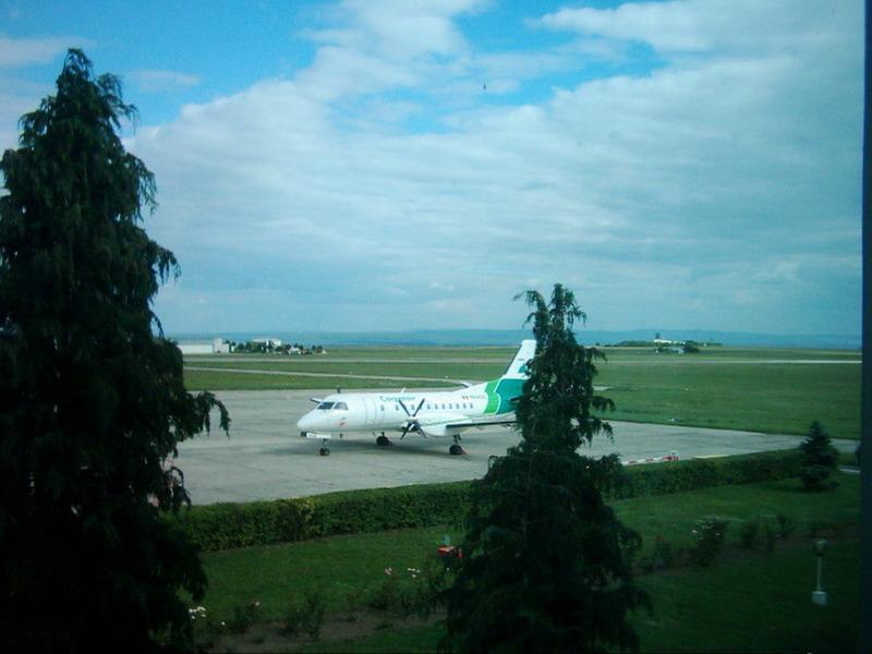 Aeroportul Suceava (Stefan Cel Mare) - 1994 - 2007 25810