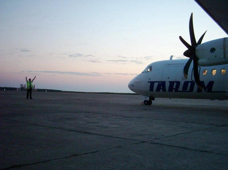 Aeroportul Suceava (Stefan cel Mare) - 2008 - Pagina 2 Atr_ro10