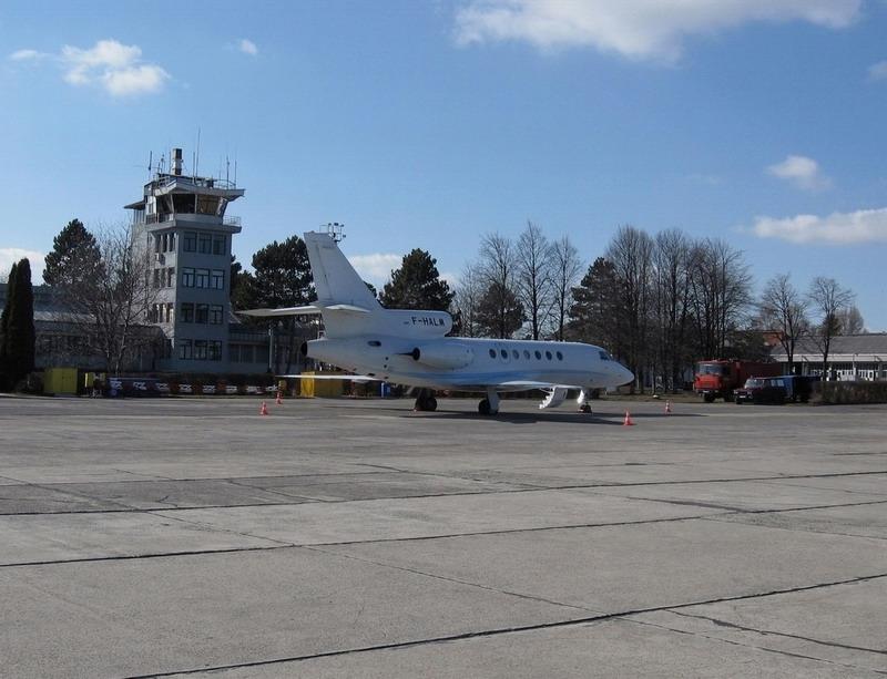 Aeroportul Suceava (Stefan cel Mare) - 2008 F-halm10