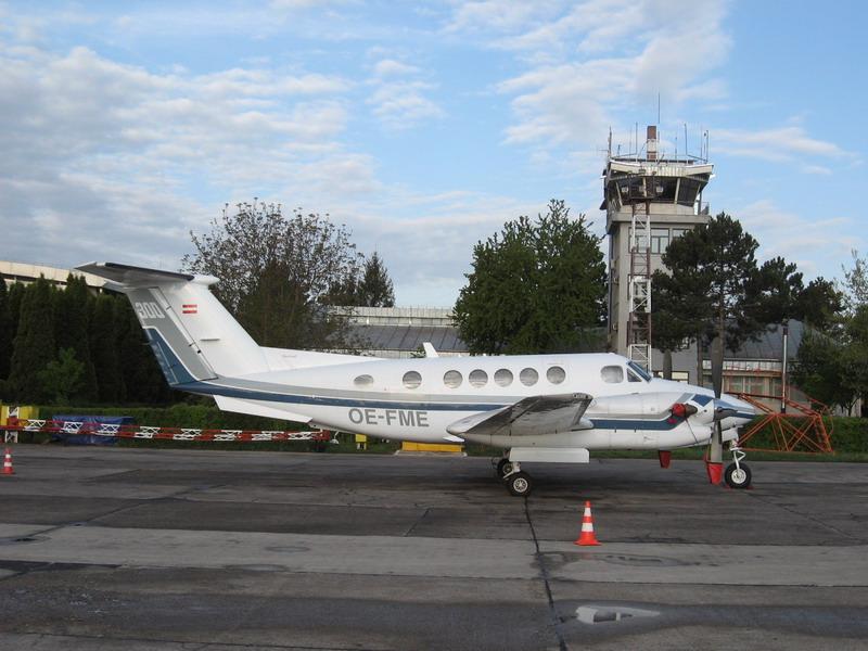 Aeroportul Suceava (Stefan cel Mare) - 2008 Img_1510