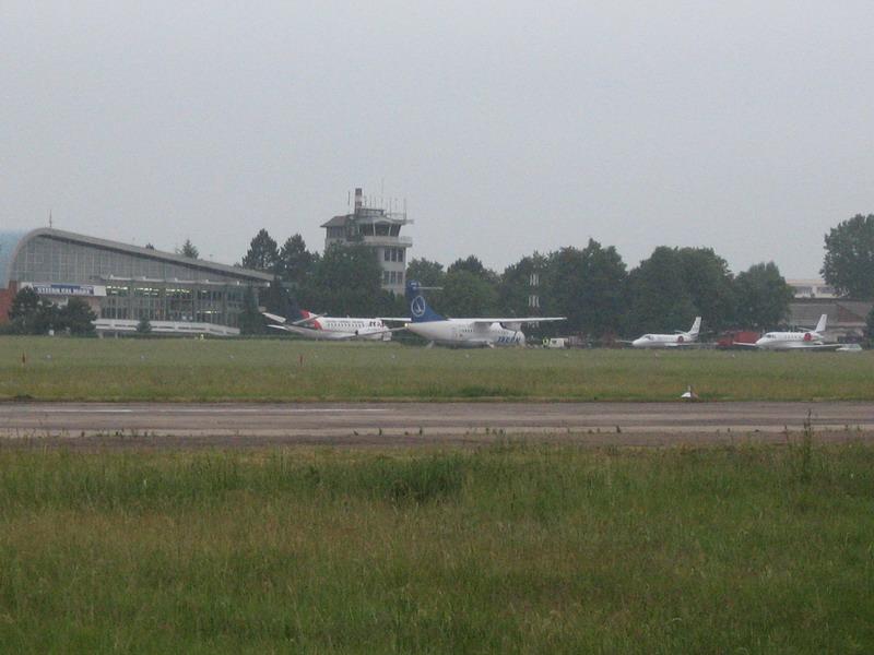 Aeroportul Suceava (Stefan cel Mare) - 2008 Img_2110
