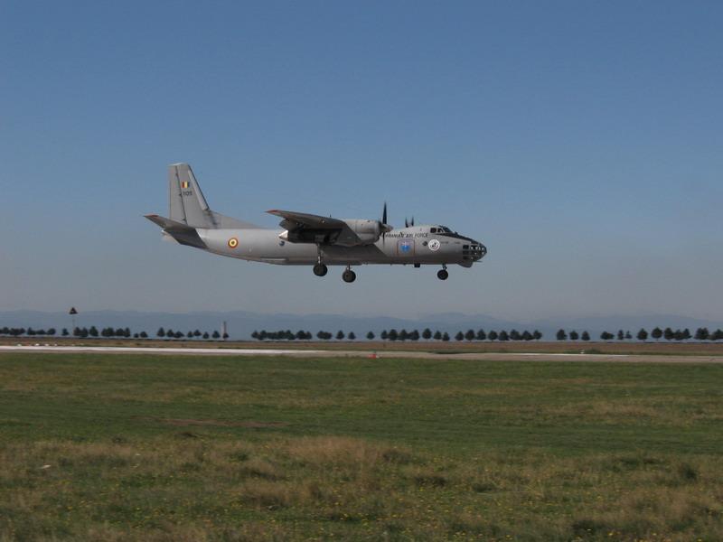 Aeroportul Suceava (Stefan cel Mare) - 2008 Img_3310