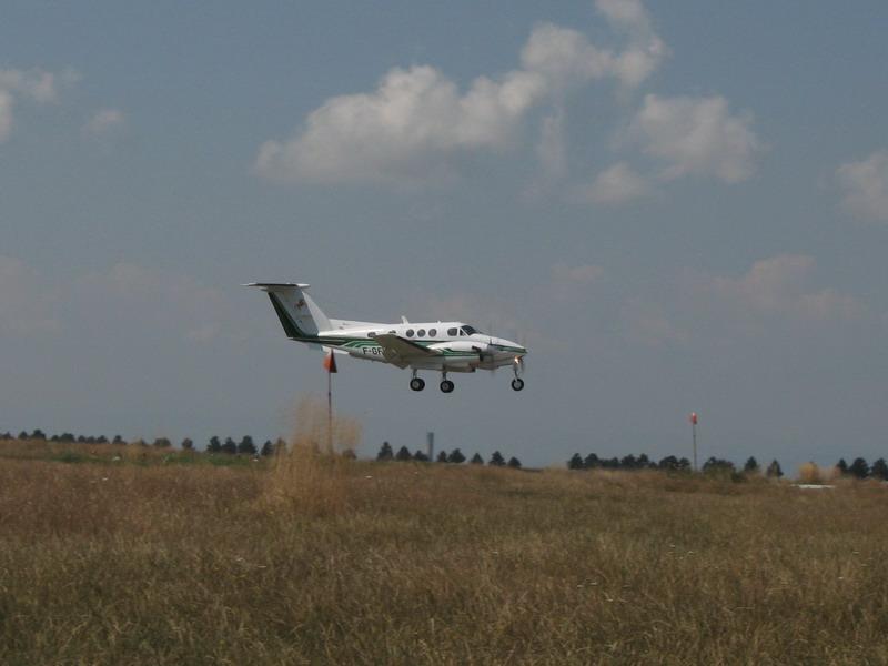 Aeroportul Suceava (Stefan cel Mare) - 2008 - Pagina 3 Img_7621