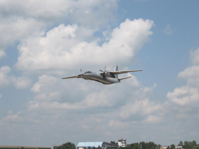 Aeroportul Suceava (Stefan cel Mare) - 2008 - Pagina 3 Img_7712