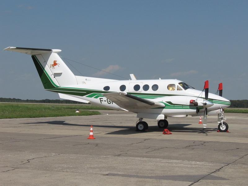 Aeroportul Suceava (Stefan cel Mare) - 2008 - Pagina 3 Img_7715