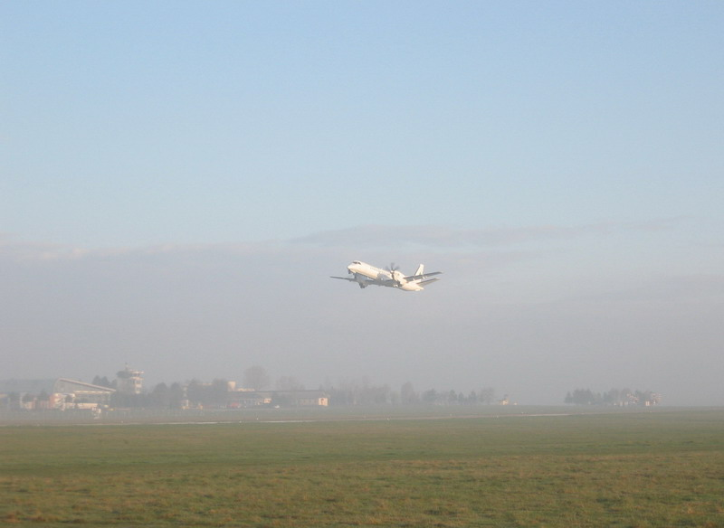 Aeroportul Suceava (Stefan cel Mare) - 2008 Krp_3810