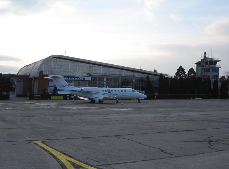 Aeroportul Suceava (Stefan Cel Mare) - 1994 - 2007 Tlt_211