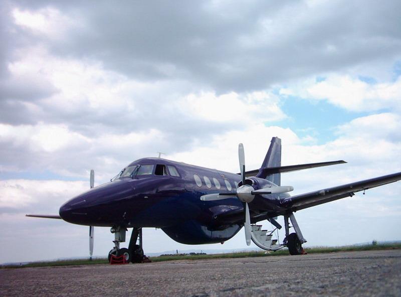 Aeroportul Suceava (Stefan Cel Mare) - 1994 - 2007 Trgjs310