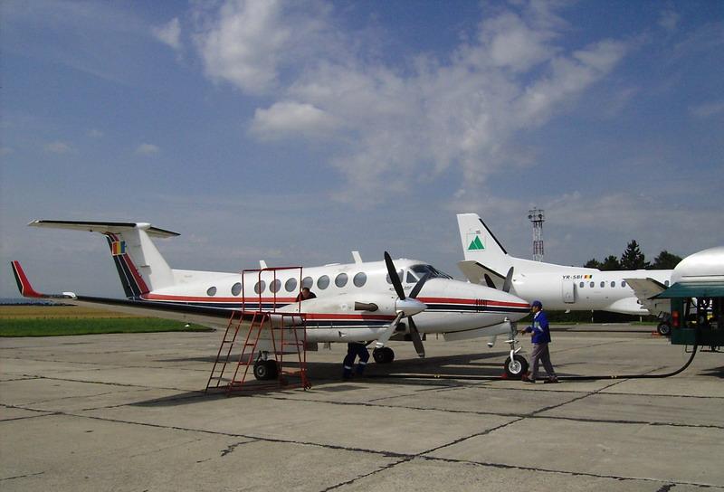 Aeroportul Suceava (Stefan Cel Mare) - 1994 - 2007 Yr-caa11