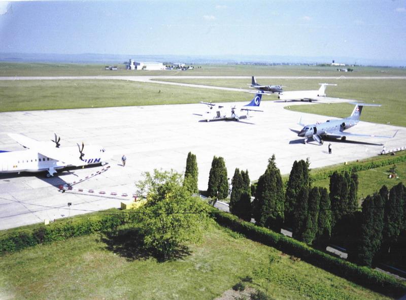 Aeroportul Suceava (Stefan Cel Mare) - 1994 - 2007 Zi_de_10