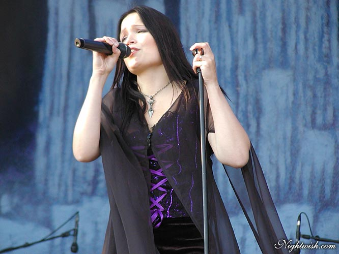 Tarja, embleme de Nightwish Byh-ta10