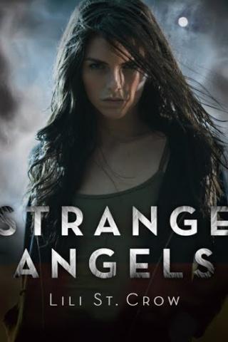 STRANGE ANGELS (Tome 1) de Lili St Crow Strang10