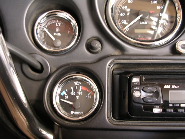 Moto Radio / Antennes / MP3 Harley - Page 2 Dscn7510