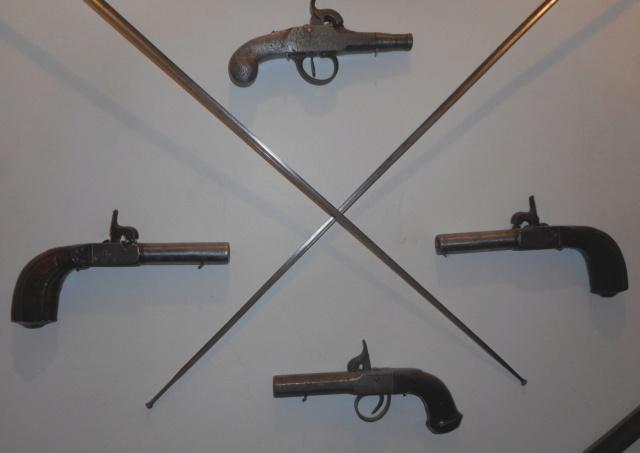 pistolet de poche non reglementaire  Dscn3416
