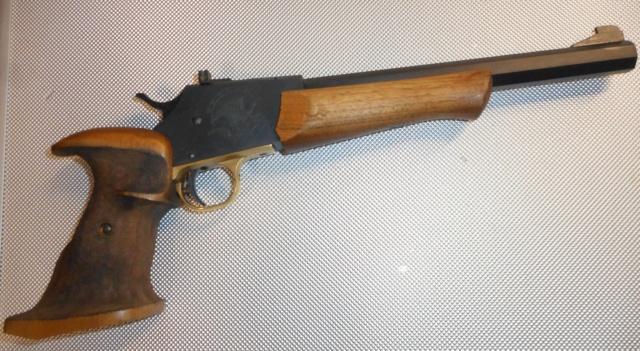 un pistolet particulier  Dscn3617