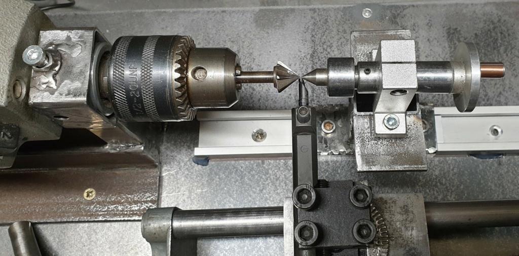 bricolage d'un mini tour d'établi  T410