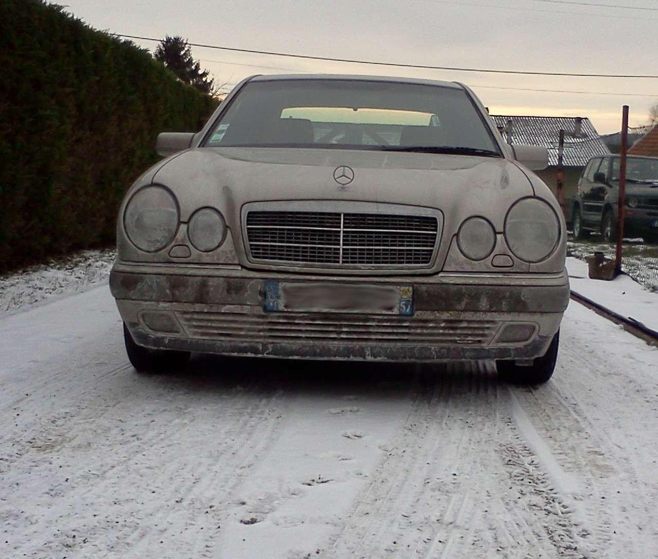 Présentation W210 290 TD Elegance BVA Berline Silver - Page 2 Img20116