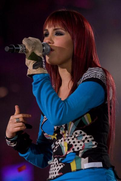 Dulce Maria-slike sa koncerata 079hjk10