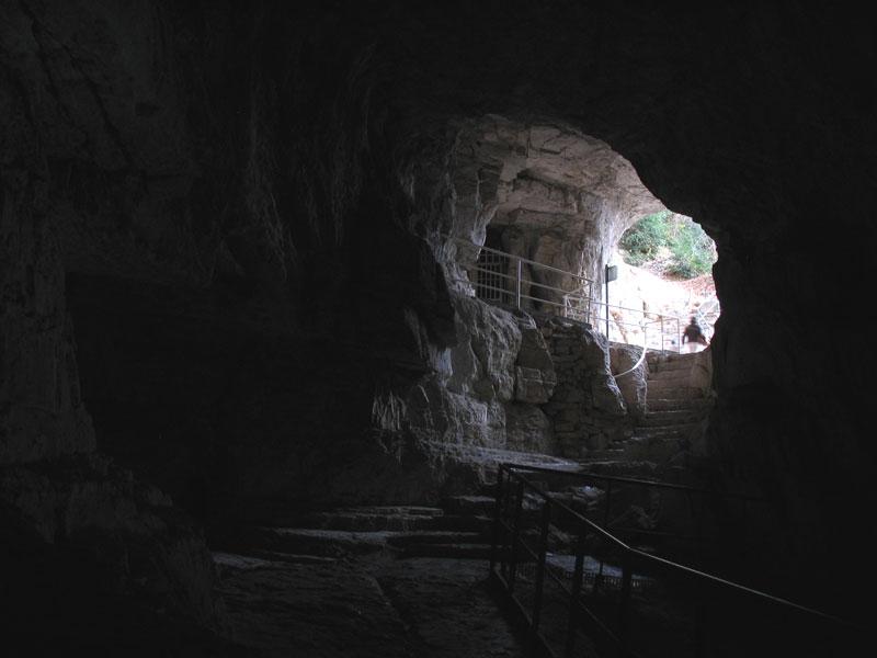 Les grottes du Monde illustrées avec Google Earth - Page 2 000_en10