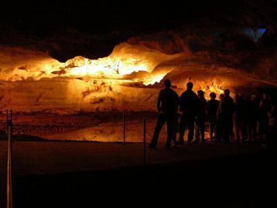 Les grottes du Monde illustrées avec Google Earth - Page 2 3844_110