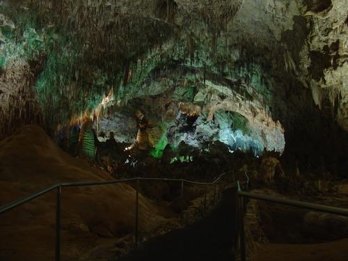 Les grottes du Monde illustrées avec Google Earth - Page 2 43847910