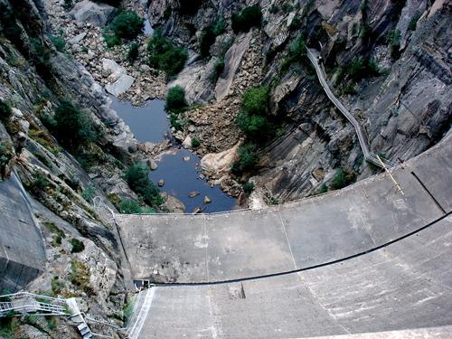Les barrages dans Google Earth - Page 6 47722310