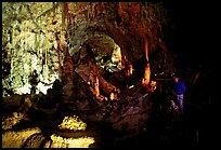Les grottes du Monde illustrées avec Google Earth - Page 2 Caca1210