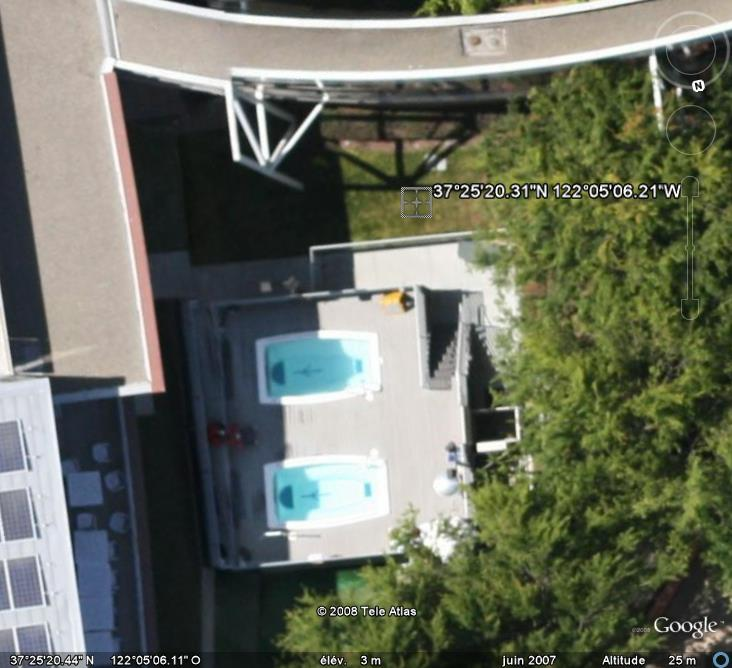 Les piscines du Monde découvertes avec Google Earth - Page 8 Piscin11