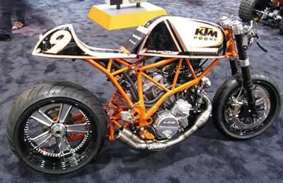 super moto en café racer Rad4e110