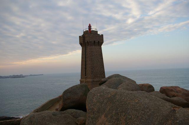 Min Ruz, le phare de ploumanac'h Imgp3410