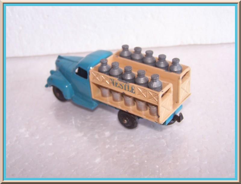 "25 O studebaker laitier ""NESTLE"" 100_7324"