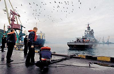 Настоятелем храма на одном из кораблей Балтийского флота стал матрос-срочник Russia10